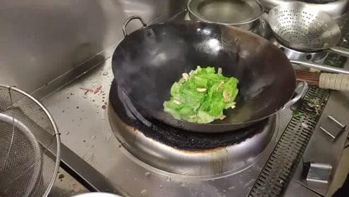 原来饭店大厨是这样炒青菜的,怪不得味道好,家里做不出来