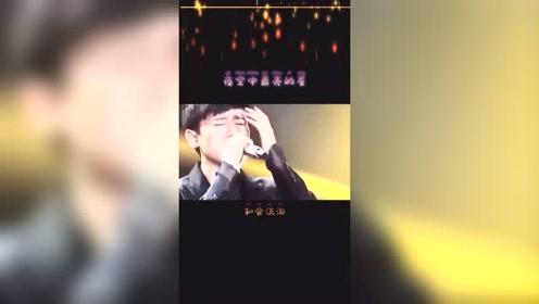 张杰献唱《夜空中最亮的星》,听完就知道他究竟有多爱谢娜了!