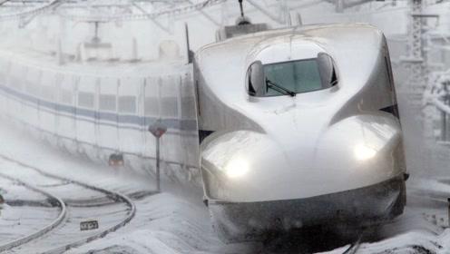 """中国高铁""""震撼""""老外,零下42度还能正常行驶!不可思议的科技"""