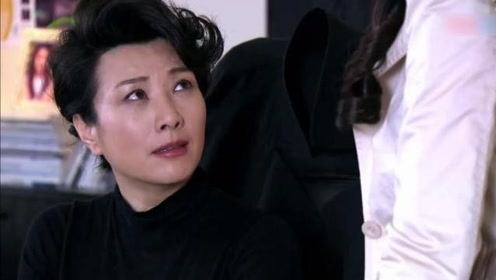 富婆正在画画,女儿无意间的一句话,竟让她找到失散多年的儿子!