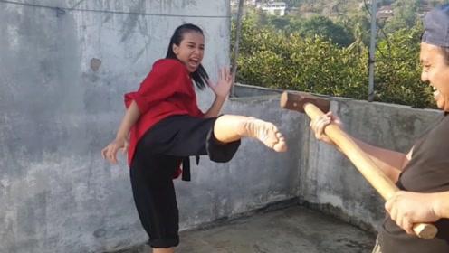 马来西亚最硬的铁腿妹,看看她的训练就知道有多硬!