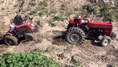 拖拉机上坡无力,看看大马力拖拉机是怎么救援的