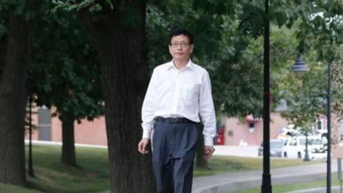 当初那位宁在美国当服务员,也不回国当教授的天才,现在怎样了?