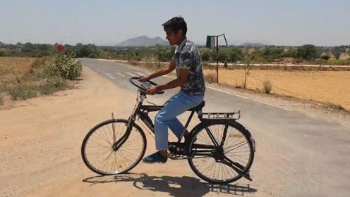 把方向盘安装到自行车上,这样开会更过瘾吗?