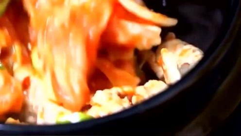 泡菜豆腐汤,这样做出来的汤好喝,做法就在下方