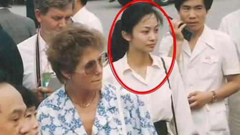 她是中国第一女保镖,年过50依然单身,只因睡觉习惯让人难以接近