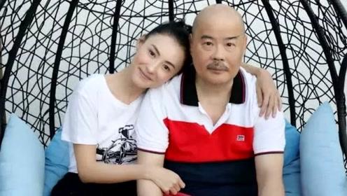 张柏芝罕见晒照为父亲庆生,依偎在爸爸肩膀上,多年来父债女还无所计较