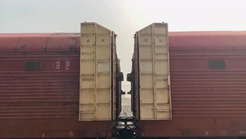 汽车可以在火车里面跑来跑去,这样的胆子真是太大了,不愧是位牛人!