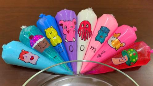 创意史莱姆,卡通裱花袋水晶泥搭配在一起,有粉色、蓝色、红色,效果太棒
