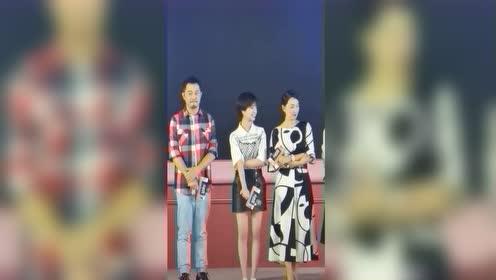 《小欢喜》剧组做宣传,没想到林磊儿这么帅,好喜欢!