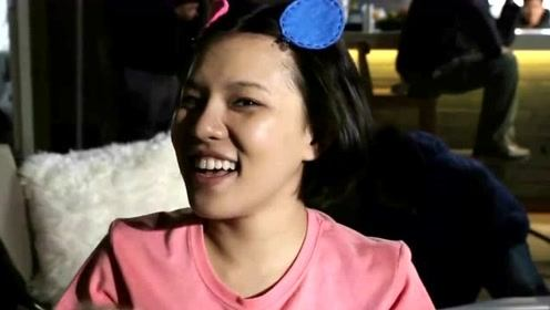 谢依霖晒一岁女儿拍下的自己 29岁被熬成黄脸婆