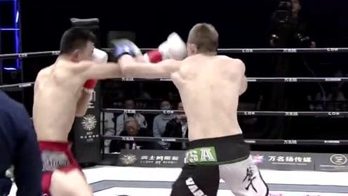 小虎铁英华这一腿厉害了!直接KO了在华从无败绩的外国拳王