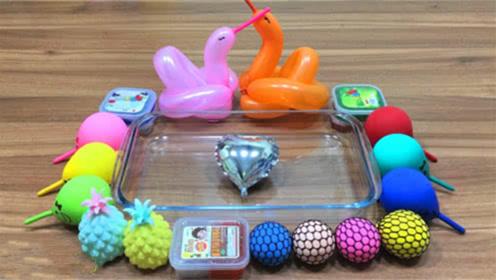DIY史莱姆教程,彩色小气球混合菠萝水晶泥、压力球、雪花泥