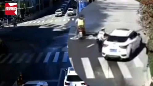 太猖狂!丽江一男子违停拒捡逃逸,连续冲卡带倒交警被刑拘