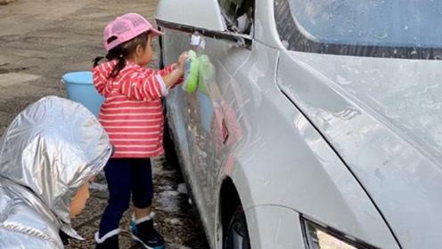 最接地气豪门!霍启刚罕见晒儿女近照 兄妹二人洗车换取零花钱