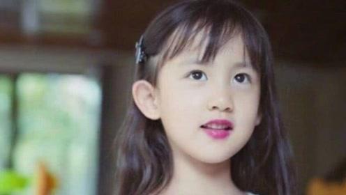 """6岁多妹比多多还惊艳,自剪刘海涂""""死亡芭比粉""""红唇,成熟极了"""