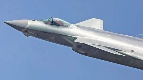 感谢美国F22指标注水,让我们的歼20真实数据超过F-22?