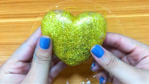 DIY史莱姆教程,爱心型粉底+水晶史莱姆+指甲油化妆品,好玩又漂亮