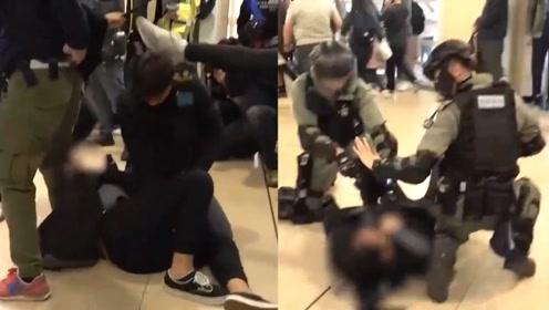 香港暴徒再集结商场打砸 脚踹港警头部!15岁女暴徒及其同伙被捕