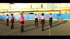 东港广场舞姑娘我爱你(24步广场舞)