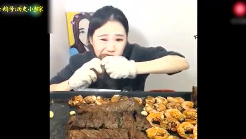 这就是韩国美女吃肉的特点,服气