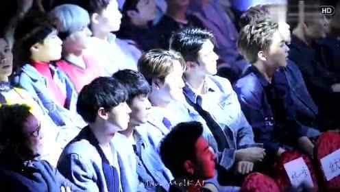 华晨宇 哭了,一首现场版《异类》把台下EXO很多成员都震惊了