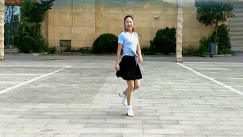 32步鬼步舞《女人没有错》美女自创、简单易学,百看不厌