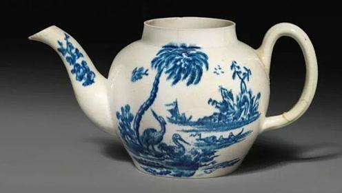 男子花100多块钱买了个旧茶壶 一年后卖出508万