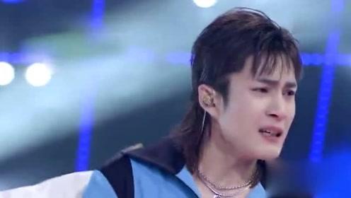 刘恺威韩东君对唱歌曲《我终于失去了你》 韩东君哭了