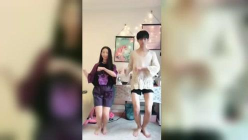 情侣这件的换衣舞蹈,你们学会了没?