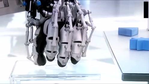科技普及:Festo最新超强机械手,可以精准跟踪人的动作和力量