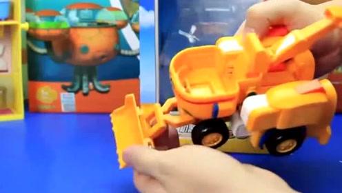 超级飞侠的新机器人好厉害呀,可以从飞机变成挖掘机呢