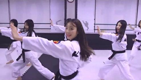 韩国中学跆拳道班编舞Bboom舞蹈,女生动作优雅,男生凌空飞脚太帅