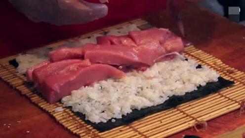 日本街头超诱人的金枪鱼寿司 满满一层全是鱼肉