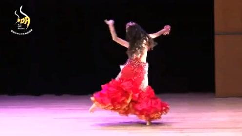 完美舞神国际肚皮舞大赛,小萝莉年纪小,跳的别有一番味道!