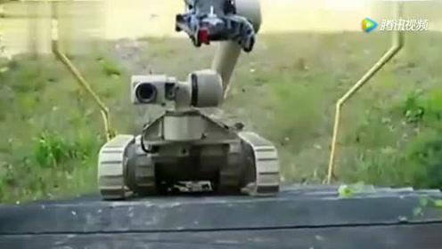 美军武装机器人使用六管榴弹炮瞬间摧毁装甲车 非常震撼