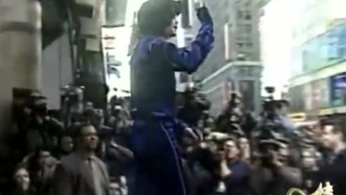 迈克尔杰克逊最后一张专辑,还被人调侃像二流歌手,效果还不好