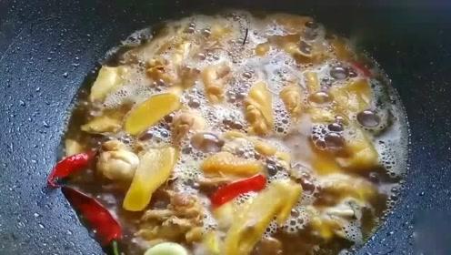 比黄焖鸡还想的鸡煲?试试这样炒,大厨亲自分享菜谱,简单又美味