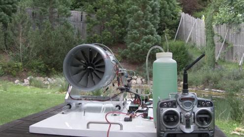 飞机的油箱有多大?实验一分钟就耗油那么多,绝对出乎你的想象