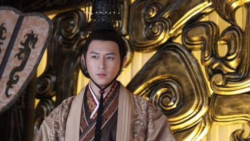 他曾出演《美人心计》红极一时,位列TVB五小生,今却患病发福