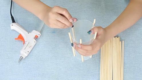 废弃塑料盒先别扔掉,加6跟筷子这样缠一缠,二次利用太有创意了