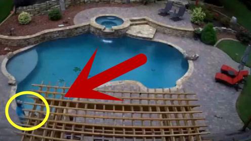 男子推着吸尘器在泳池边搞清洁,结果真是太尴尬了