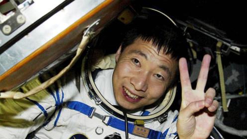 """杨利伟在太空曾听到""""敲窗""""声?16年后真相大白,吓得一身冷汗"""