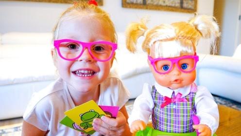 小萝莉体验当老师,教娃娃数学题, 娃娃简直太聪明了!