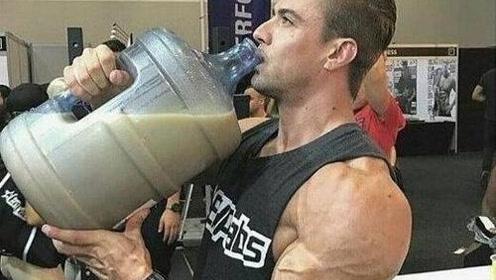 健身喝蛋白粉不吸收,甚至拉肚子怎么办?如何克服乳糖不耐?