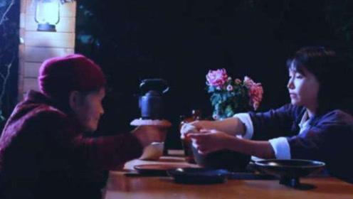 李子柒心疼奶奶,为奶奶专门研究这一美食,网友:隔着屏幕都香