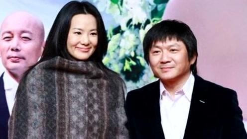 她嫁给王菲的前任,气质温婉,演24年配角,如今49岁终成影后
