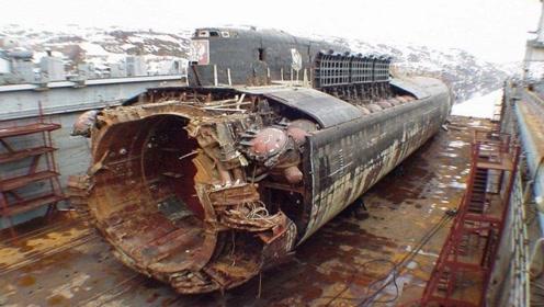 7枚鱼雷同时爆炸,上百人当场死亡,2.4万吨巨舰已是废铁