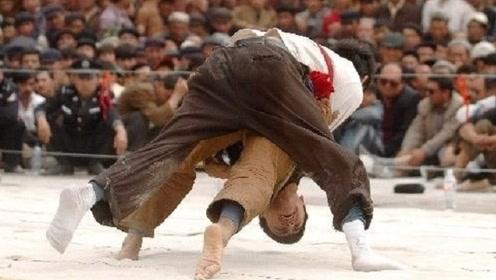 这就是摔跤手恐怖的原因,看看他们的训练就不寒而栗