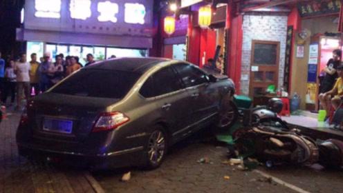 南宁突发严重车祸 司机涉嫌酒驾连撞多人致2死3伤